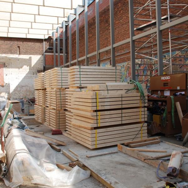 création d'une salle de sport avec charpente en bois par ccbois belgique