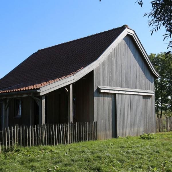 réalisation de grange en bois avec charpente ccbois en belgique
