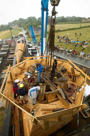 30.06.2005 - 02.07.2005.Reetablering af kirketŒrn i Belgien ©. Lars Aar¿. Fokus